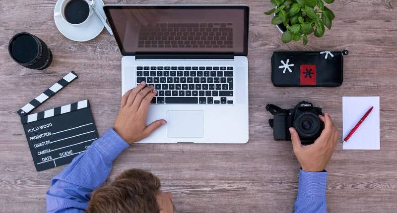 Come Fare Soldi Online e Lavorare da Casa: 103 idee per il 2019