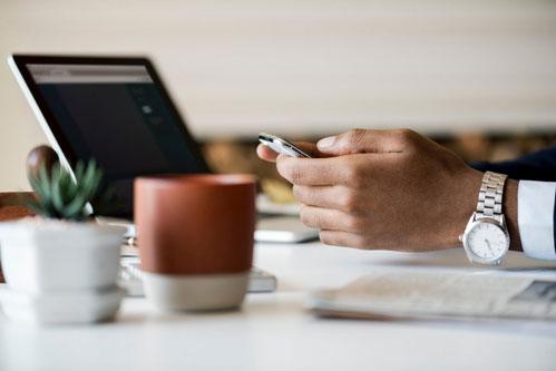 I 4 Passi per Lavorare da Casa Online nel 2019 (Basta Perdere Tempo)