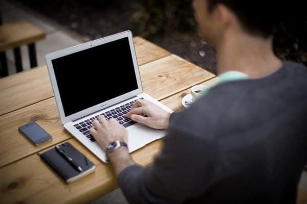 lavorare da casa come operatore call center opzionebinare