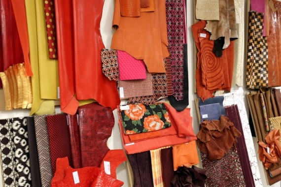 leather trade fair italy guadagnare davvero con le opzioni binarie